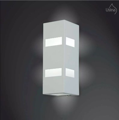 Arandela Externa Tubular Quadrada Luminária Luz Frontal 28x10 2012 Usina Design E-27 5175/30 Garagens e Jardins