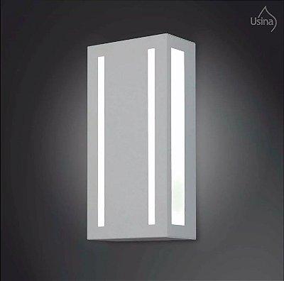 Arandela Externa Alumínio Fosco Luminária Luz Frontal 30x15 2012 Usina Design E-27 5150/30 Muros e Jardins