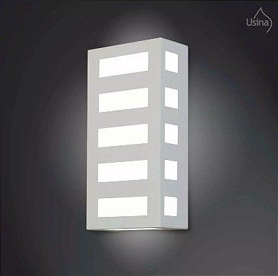 Arandela Externa Retangular Alumínio Fosco Luz Frontal 20x15 2012 Usina Design E-27 5130/20 Pq Muros e Garagens