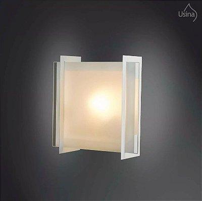 Arandela Quadrada Interna Alumínio Vidro Temperado 17x30 Usina Design E-27 168/1 Quartos e Salas