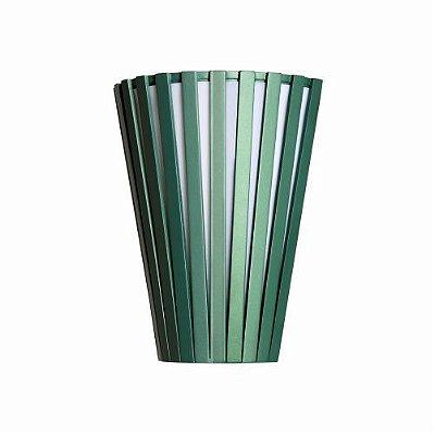Arandela Ripada Cônico Vertical Madeira Imbuia 30x23cm Accord Iluminação 1x E27 25W Bivolt 456 Salas e Hall