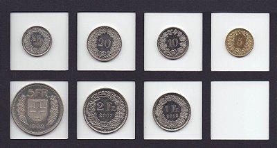 Série com 7 moedas da Suiça