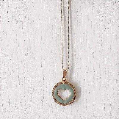 Colar Coração Resina Verde Banhado em Ouro 18k