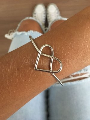 Bracelete Coração Nó
