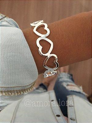 Bracelete Coração Vazado - Banho de Prata - Ref.481