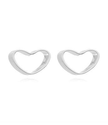 Brinco coração vazado banhado em ouro 18k / prata / ródio branco (10308)