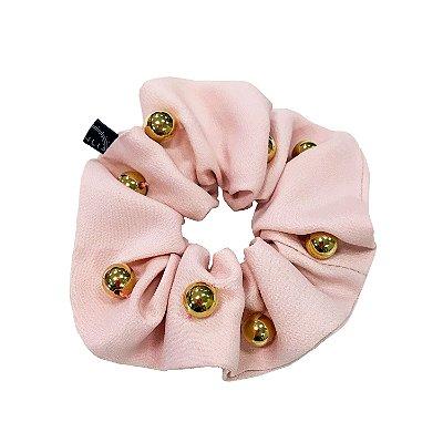 Scrunchie Rosa Claro com Bolinhas Douradas