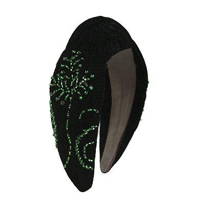 Turbante de Veludo Preto Bordado em Verde