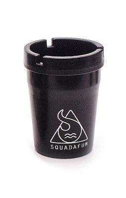 Squadafum | Cinzeiro Turn Off