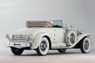 Quadro Decorativo Poster Carro Branco Clássico