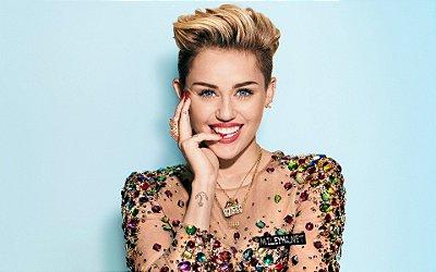 Quadro Decorativo Poster Miley Cyrus Face