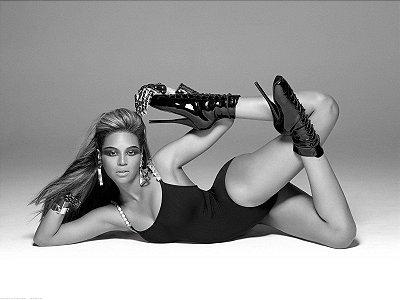 Quadro Decorativo Poster Beyoncé Preto e Branco