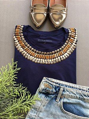 Tshirt Azul Marinho bordado palito dourado