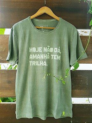 Camiseta Infantil Amanhã tem Trilha Estonada Verde
