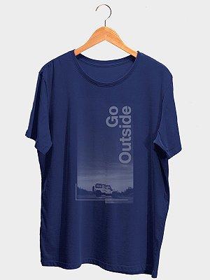 Camiseta Go Outside Azul Marinho
