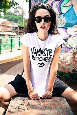 Camiseta Namaste Bitches