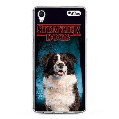 Capinha Stranger Dog/Cat - modelo Sony