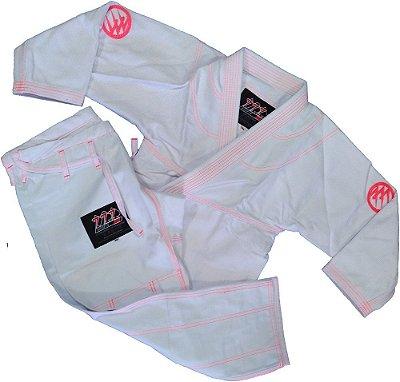 Kimono 777 Branco Rosa Bordado