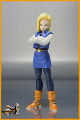 Android N°18 Dragon Ball S.H.Figuarts - Bandai