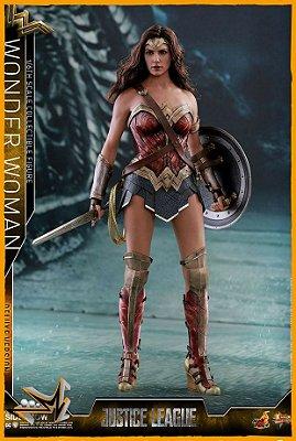 Mulher Maravilha 1/6 Liga da Justiça Dc Comics - Hot Toys (reserva de 10% do valor)