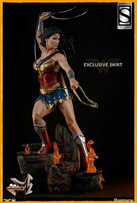 Mulher Maravilha Premium Format 1/4 EX Dc Comics - Sideshow (reserva de 10% do valor)