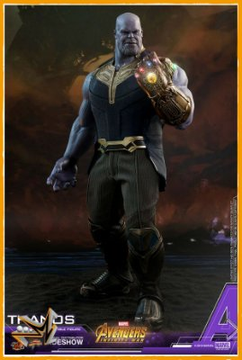 Thanos Vingadores Guerra Infinita Marvel 1/6 - Hot Toys (reserva de 10% do valor)