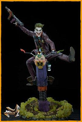 Joker 1/4 Premium Format Dc Comics - Sideshow Collectibles (PRÉ-VENDA)