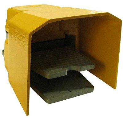 PEDAL METÁLICO C/ PROTEÇÃO SUPERIOR E LATERAL - 2 REV 15A - IP65 TFS-422