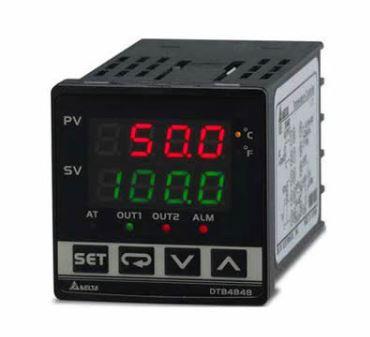Controlador de temperatura DTB tipo avançado com Largura 48mm e Altura 48mm com saída 1 de pulos de tensão, 14Vdc com saída 2 a Relé, 250Vac, 5A com entrada de evento DELTA DTB4848VRE