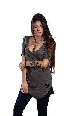 Camiseta Long Spine Girls - Shapeless