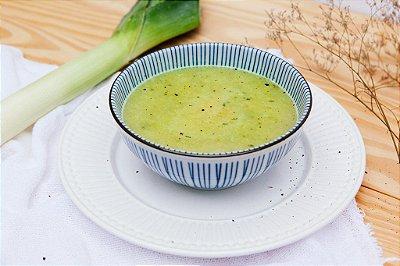 Sopa de Alho Poró 400ml | Porção Individual  | Produto congelado e acondicionado em pote
