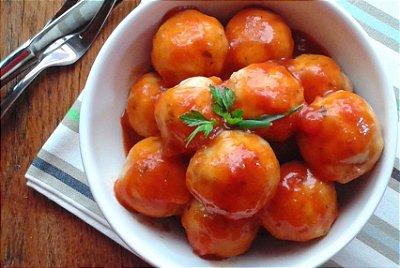 Almôndegas de Frango ao Molho de Tomate 300g | Porção Individual | Produto congelado e acondicionado a vácuo