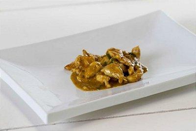 Frango ao Curry 100g | Porção Individual | Produto acondicionado a vácuo