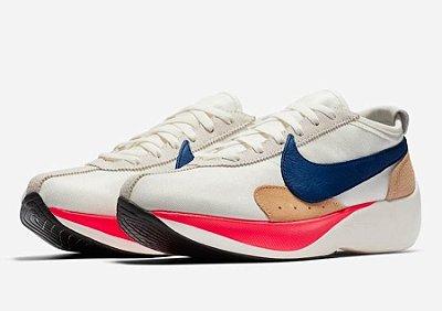Nike Moon Racer QS