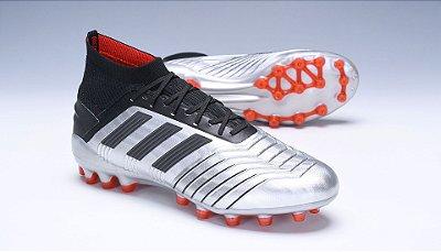 Chuteira Adidas Predator 19.1