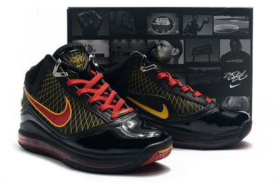 Nike Lebron 7 (Black Friday)