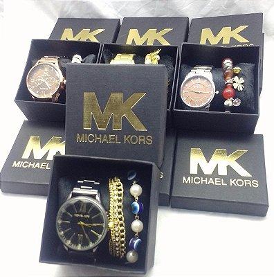 Kit 05 Relógios Michael Kors Com Caixinha e Pulseira