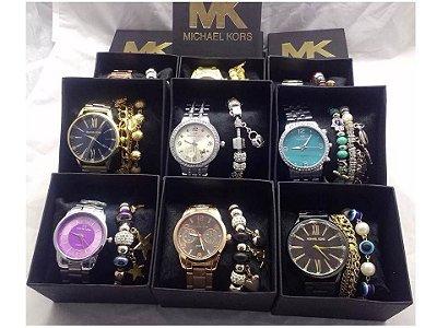 Kit 06 Relógios Michael Kors Com Caixinha e Pulseira