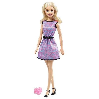 Boneca Barbie Fashion com Anel - Mattel