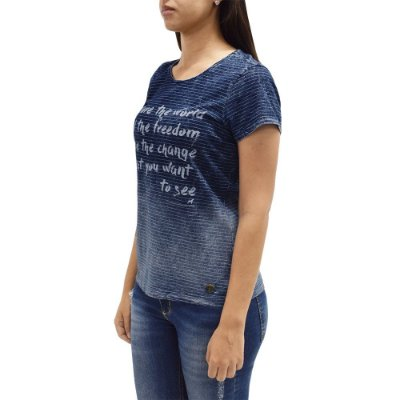 Camiseta Feminina Estonada Listas e Degradê - Beagle