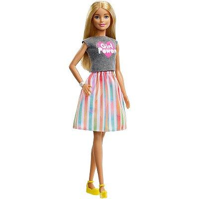 Boneca Barbie Profissões Surpresa - 8 Acessórios - Mattel
