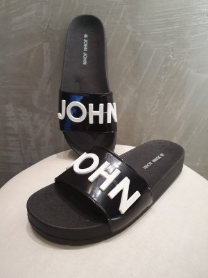 CHINELO FLAT BLACK JJ