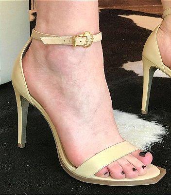 Sandália Salto Alto Lança Perfume