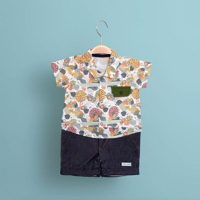 Conjunto Camisa Selva e Shorts Jeans