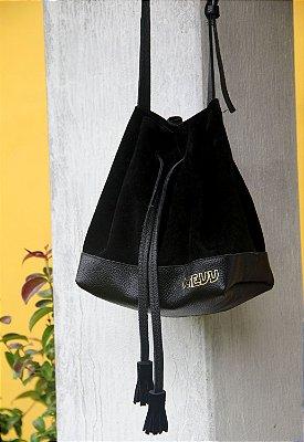 Bolsa Feminina Transversal Bucket Couro Preta