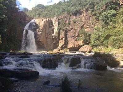 Passeio Super Buggy - Cachoeira Fecho da Serra: 3 horas de duração p/ 3 pessoas.