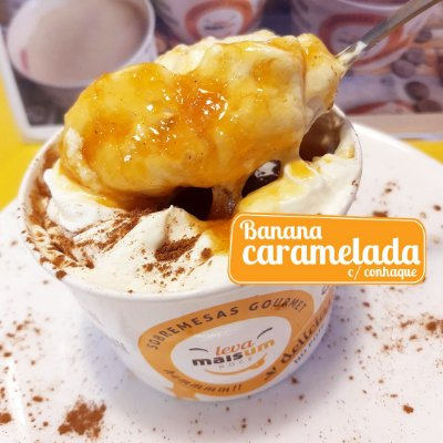 Banana Caramelada com calda de laranja e conhaque