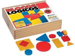 Blocos Logicos, 48 pecas em madeira - base 7 cm