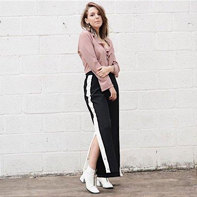 Pantalona Listra Com Botões Laterais