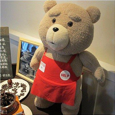 Pelúcia Urso TED 45cm Avental Vermelho